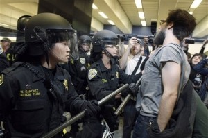BART Protest Continues; Questions Raised About Constitutionality of Blocking Cellphone Signals