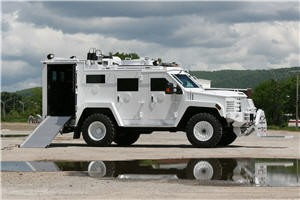 "Lenco Introduces Bearcat EOD ""BombCat"" Armored Response Vehicle"