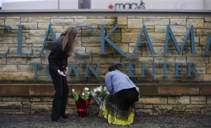 Motive in Oregon Mall Shooting Still Unknown