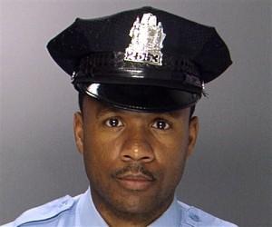 Philadelphia Officer Shot to Death Just After Shift