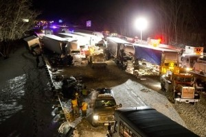 Three Dead, Over 20 Hurt in Indiana Pileup