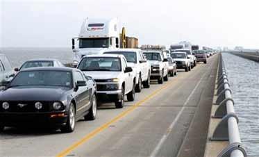Traffic Builds As Gustav Evacuees Return Home