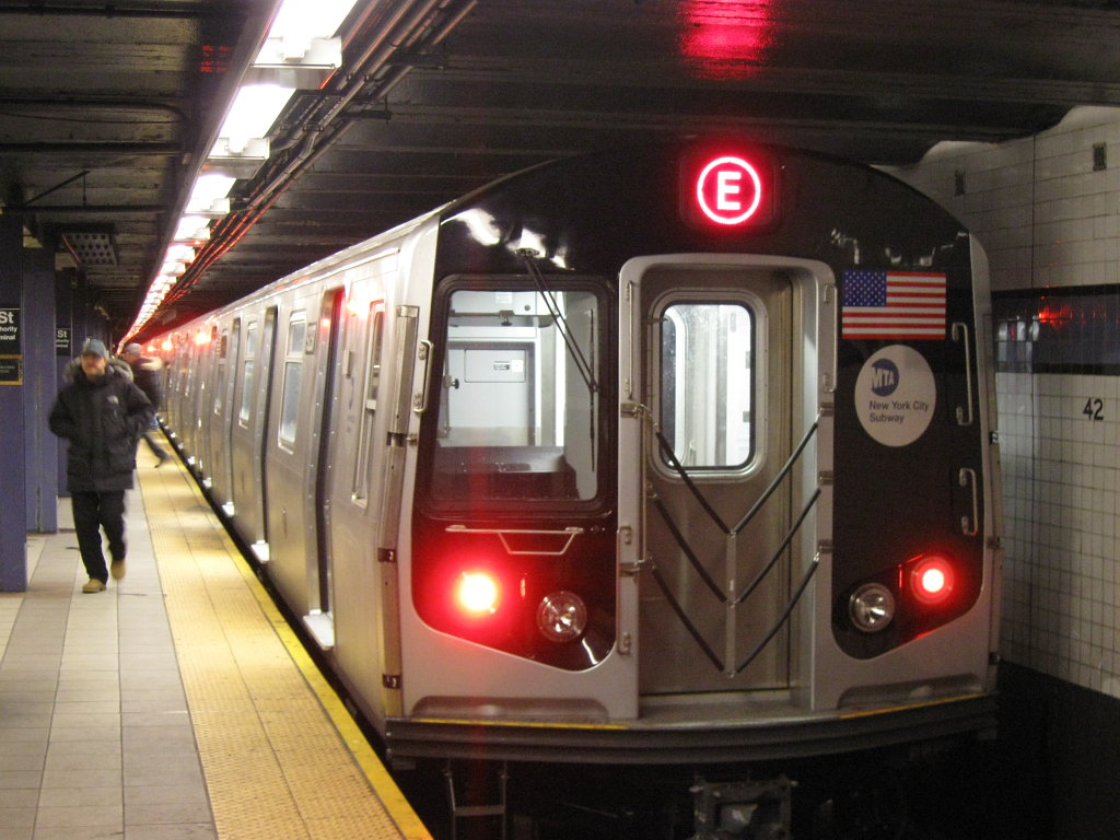 Man Claims He Has Never Seen White Women, Gropes 5 On NY Subway