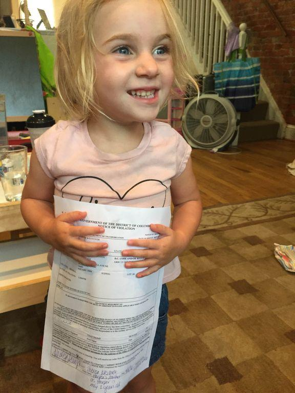 2-year-old girl gets $75 fine for littering
