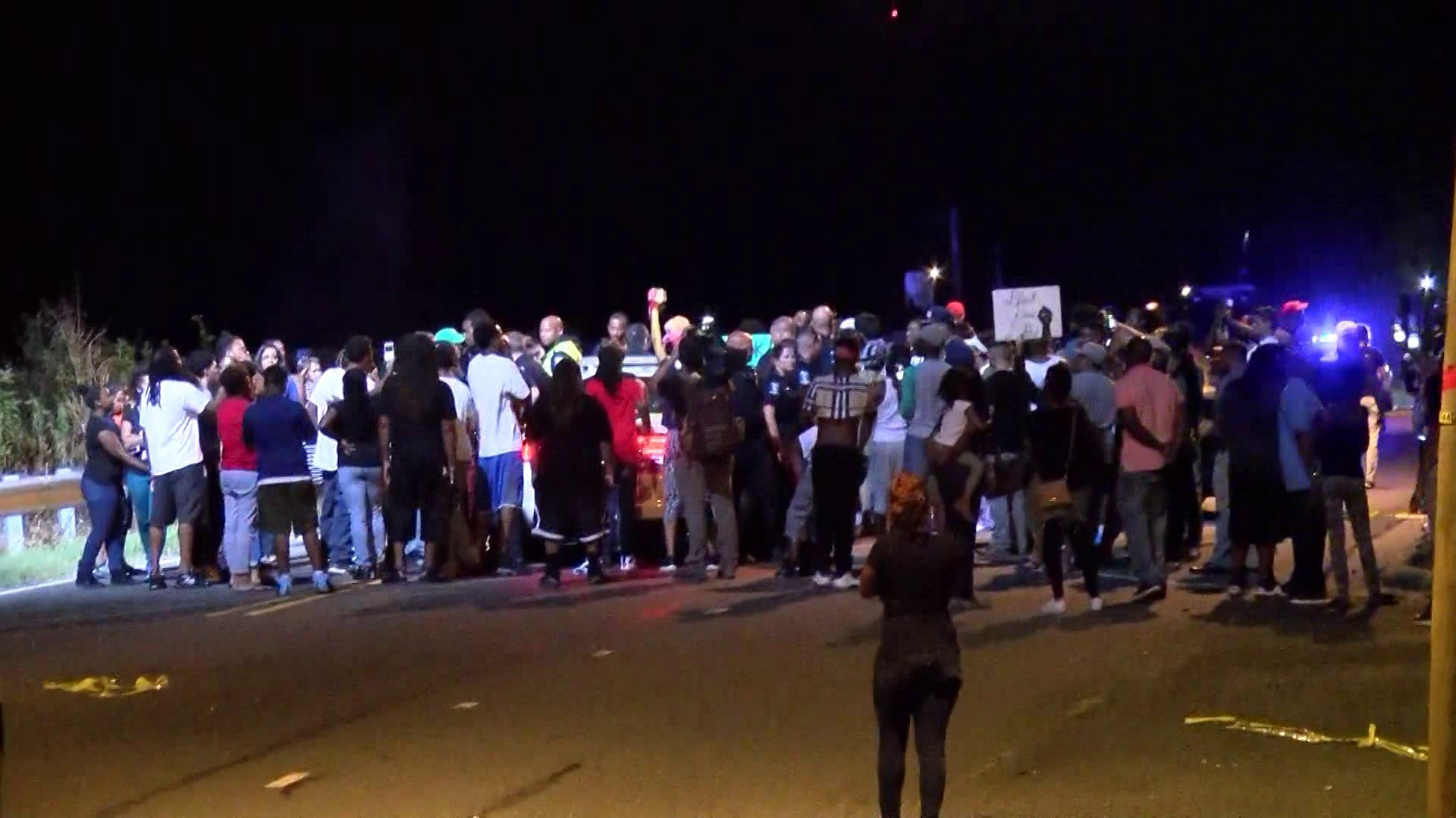 Protests Break Out After Charlotte Police Shoot Man With Gun
