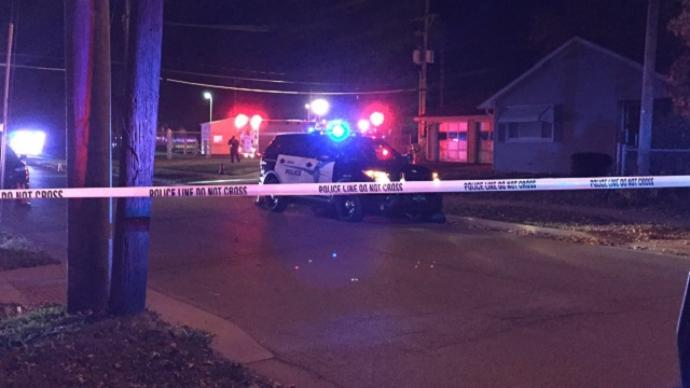 Topeka detective, suspect wounded in gun battle