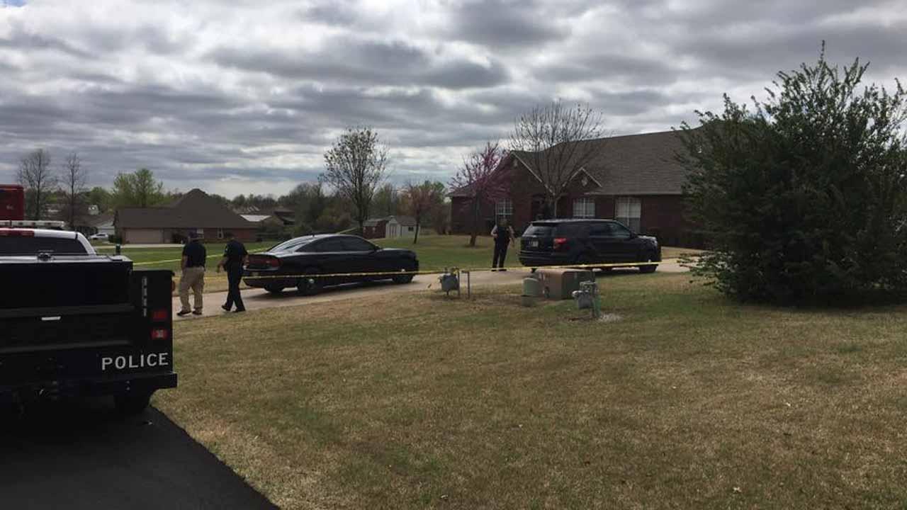 Homeowner Kills 3 Teenage Burglary Suspects