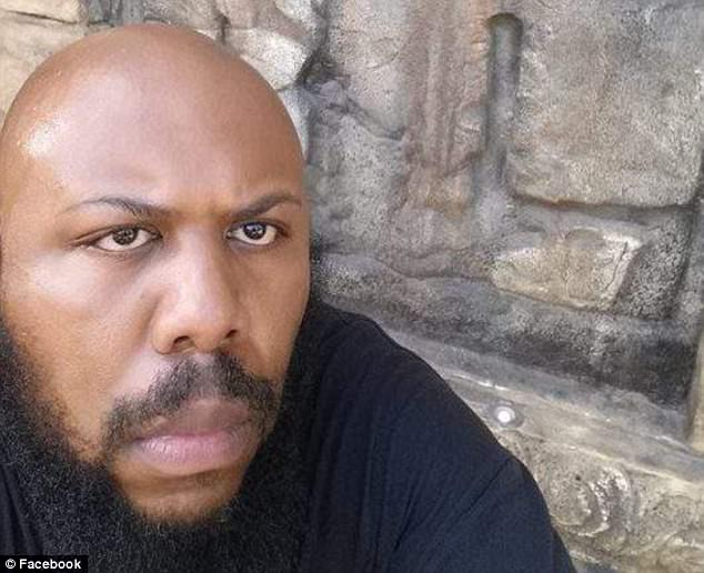 Cleveland Police Hunt Man That Murdered Elderly Man On Facebook Live