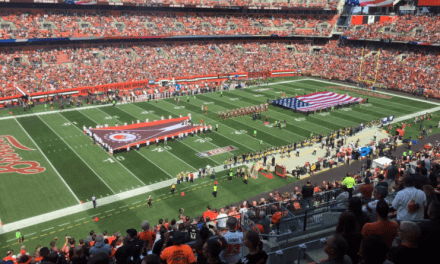 Cleveland Browns Lock Arms With Police During National Anthem