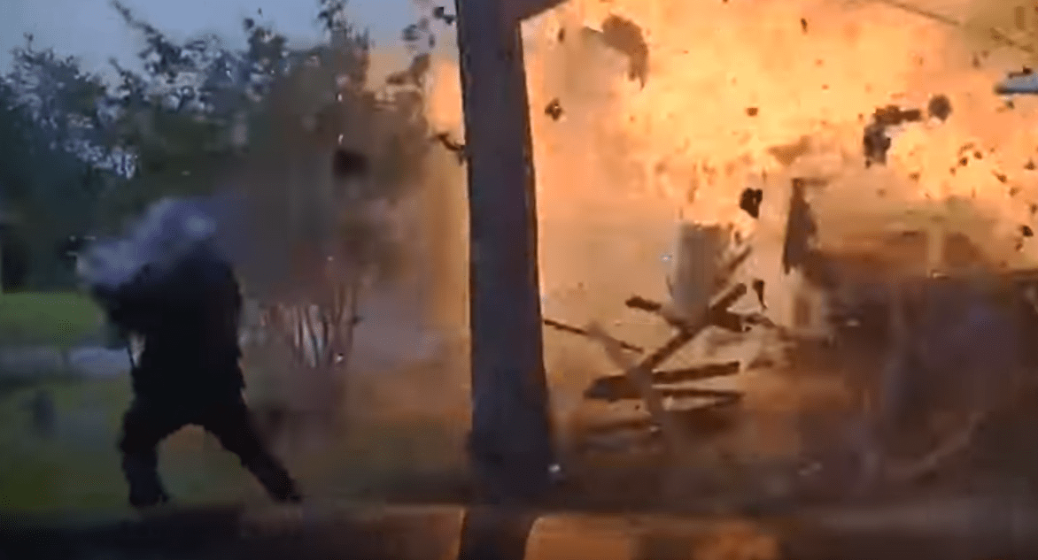 Watch: Texas Officers Approach Home As It Explodes