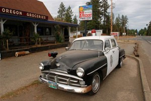 Armed Posse Patrols Oregon's Timber Land in Sheriff's Place