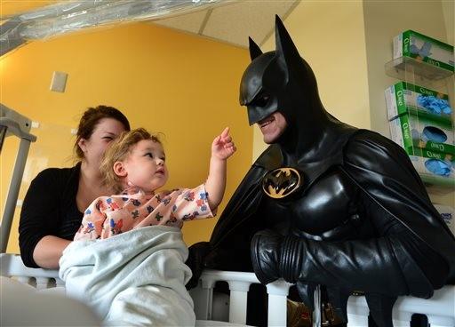 Batman Impersonator Dies on Interstate