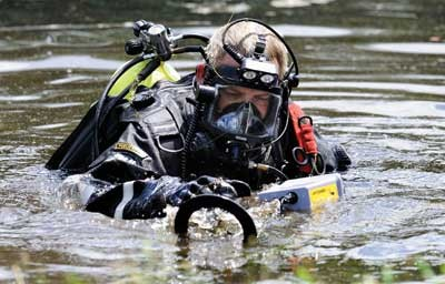 Police Divers & Underwater Investigations
