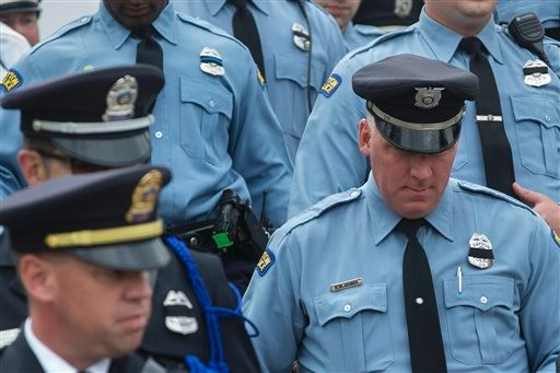 Police Gather to Honor Slain Cincinnati Cop Image 1 Image 2 Image 3 Image 4