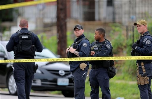 St. Louis Police Fire on Armed Suspect During Home Search