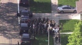 2 FBI Agents Shot; Suspect Dead