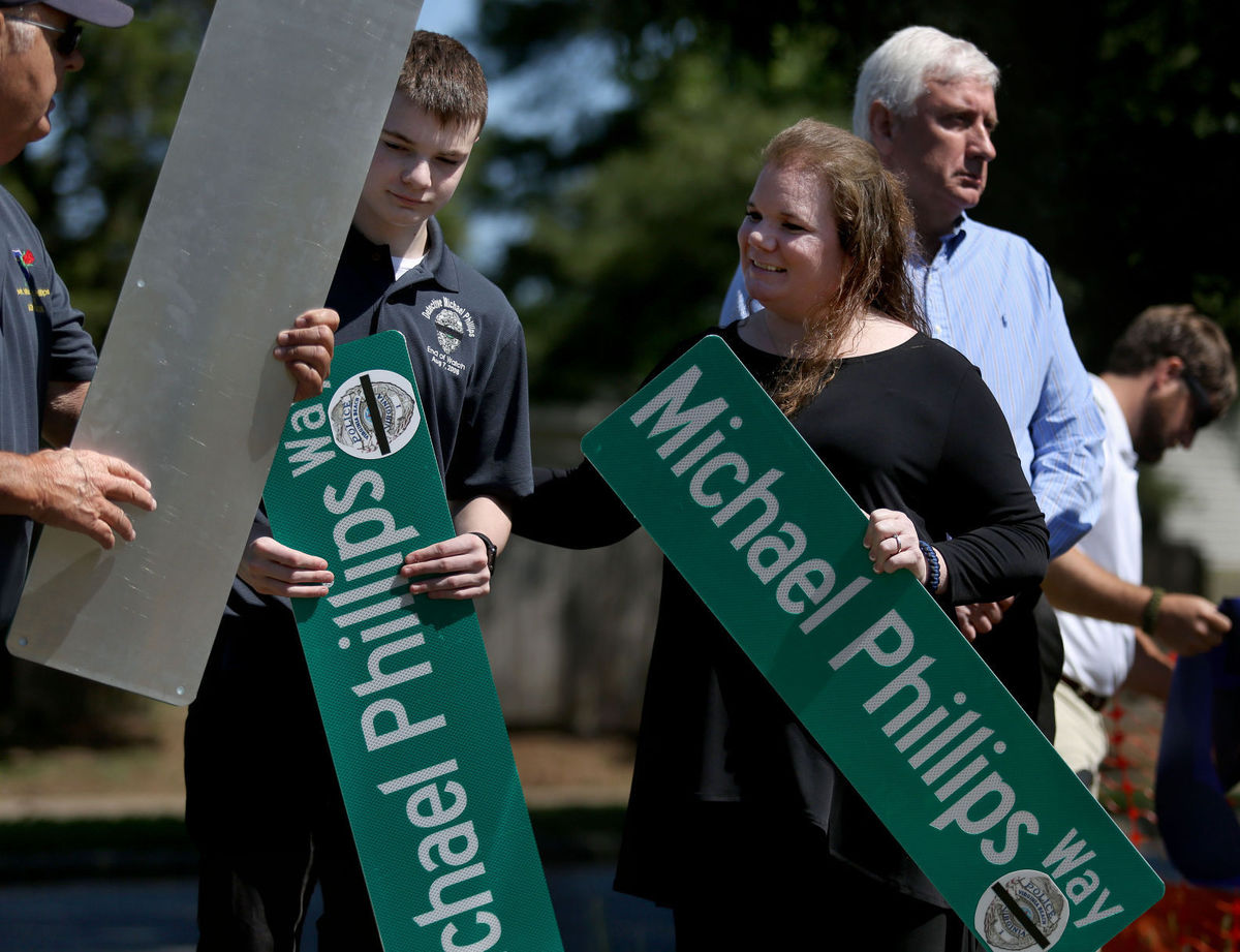 Slain Virginia Beach Detective Honored With Street Name