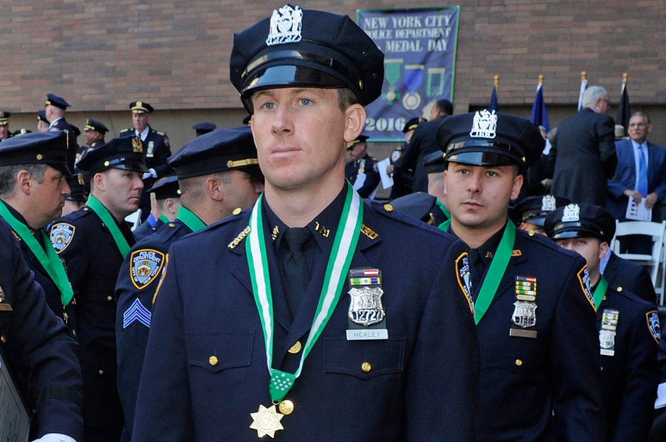Cop Who Survived Hatchet Attack Gets NYPD's Medal of Honor