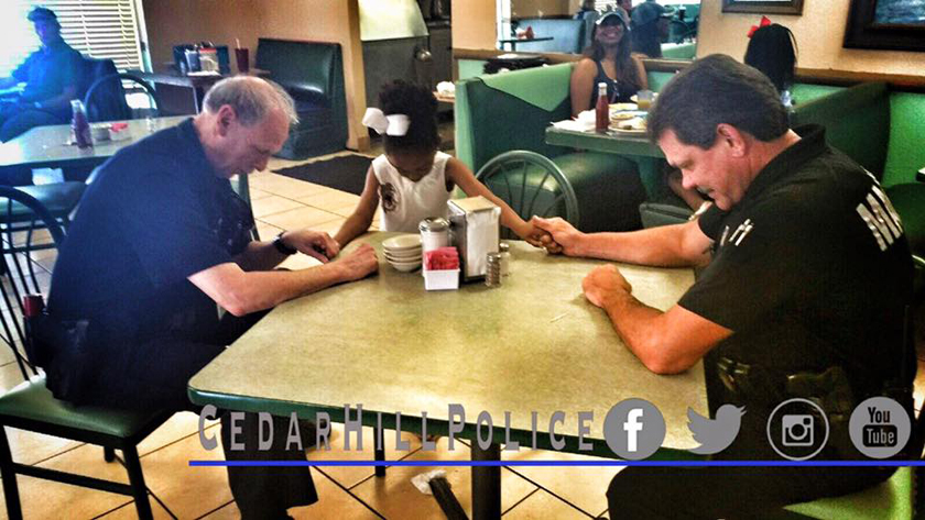 5-Year-Old Girl Joins Hands And Prays With Police Officers At Restaurant