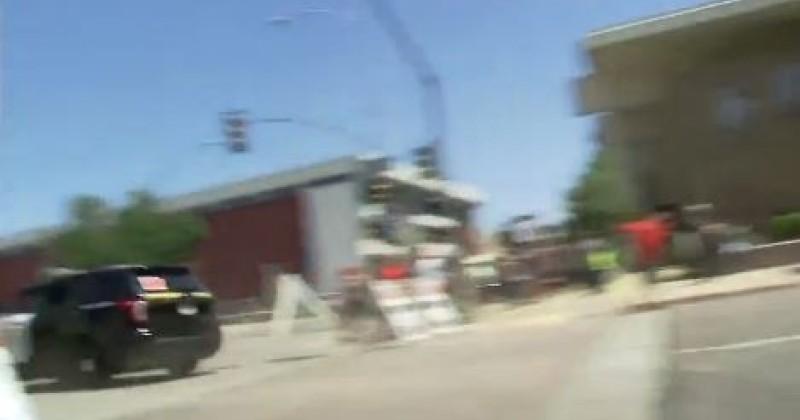Trump's Motorcade Destroys Police Barricade
