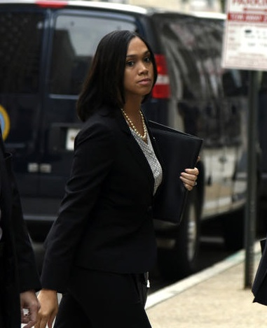 After Failing To Convict Cops, Mosby No Longer Wants Defendants To Have Bench Trials