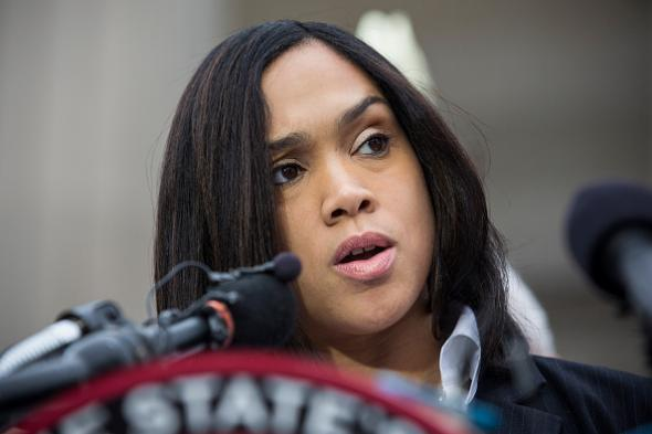 Mayor Accuses Mosby Of Bowing To Political Pressure, Charging Baltimore Officers Too Soon