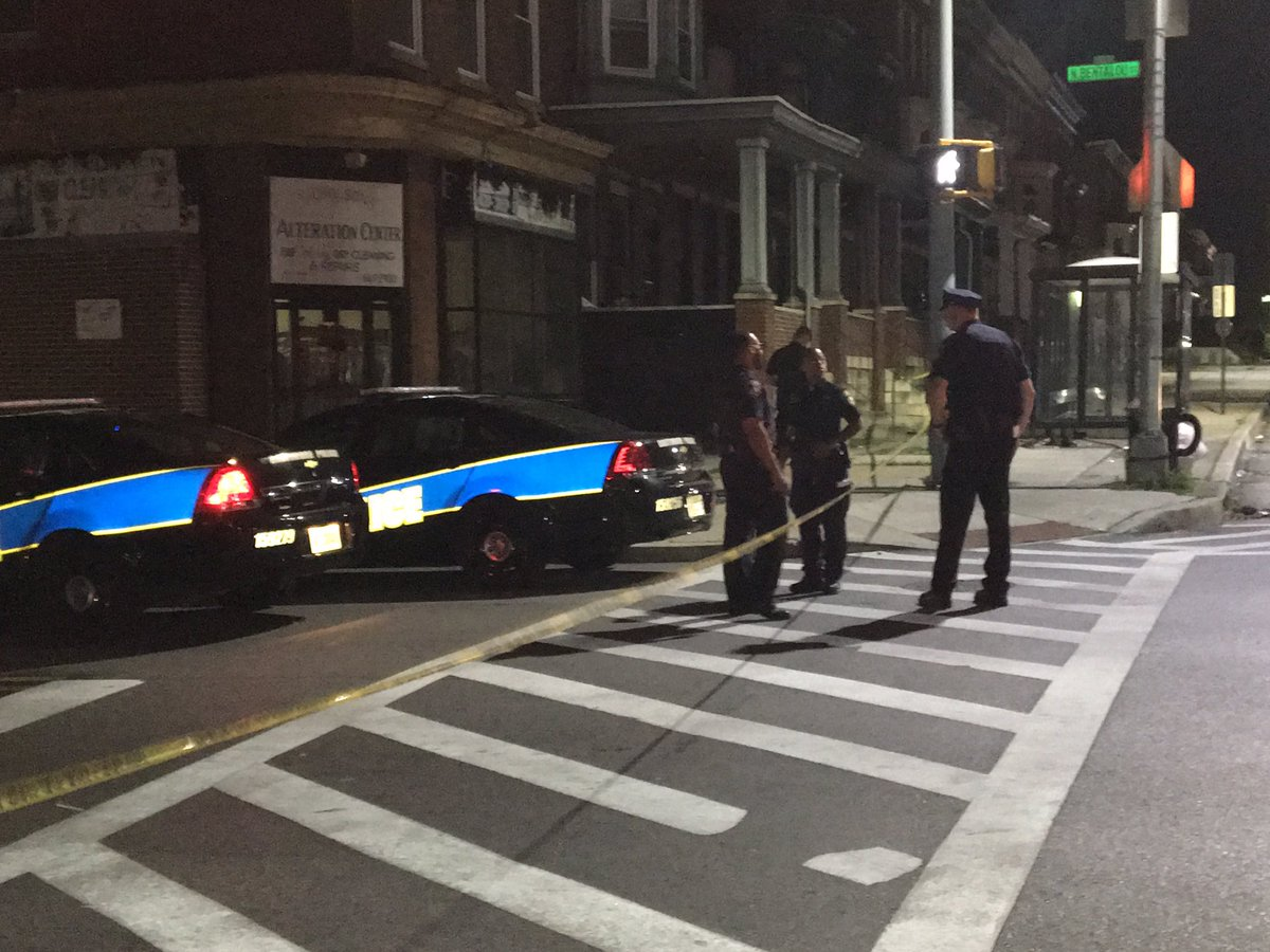 Man dead after exchanging gunfire with Baltimore officers