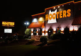 Hooters Restaurant Closing After Crash That Killed Police Officer
