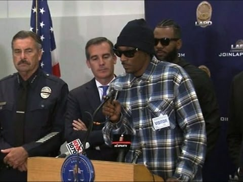 Rappers Express Support For Police