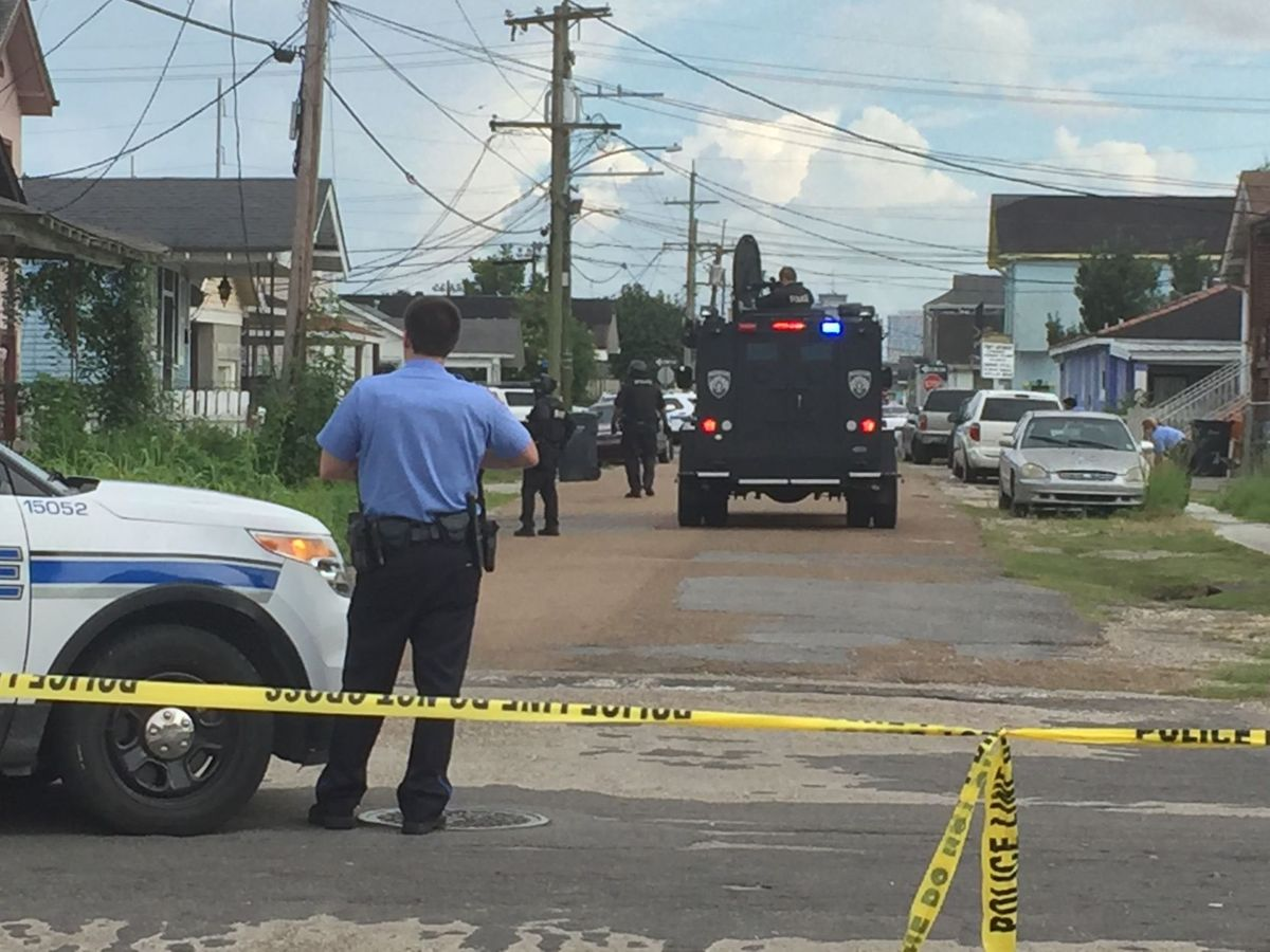 Louisiana State Police Trooper Shot In Arm