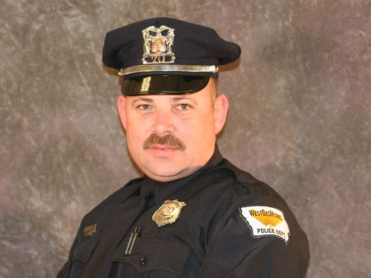Iowa Police Officer Dies In Crash