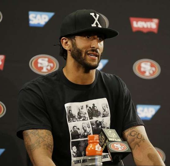 Colin Kaepernick Wins Award, Calls Police Shootings 'Lawful Lynchings'