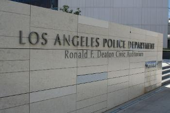 LA Police Union: Police Commission Wants Cops To Run From Armed Suspects