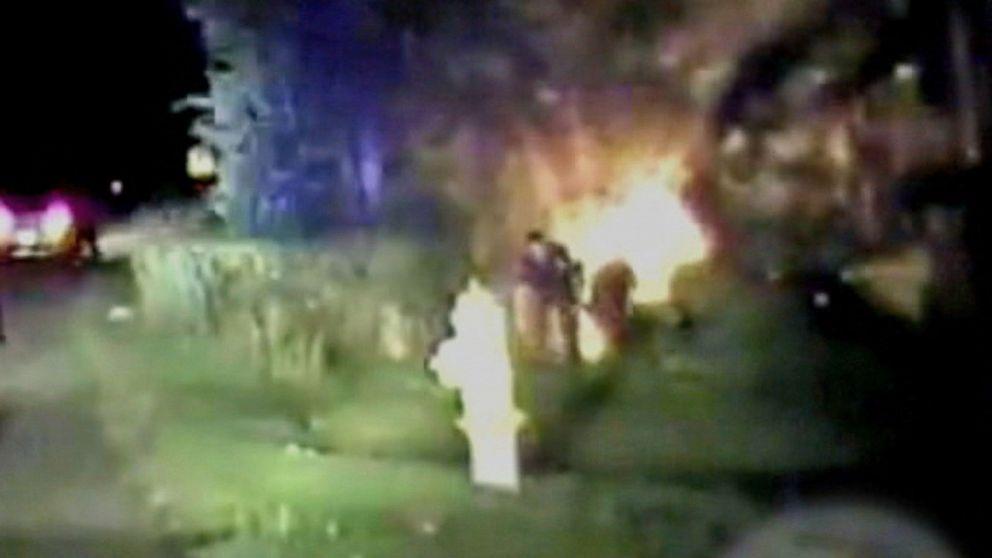 Deputies Save Family From Burning Car