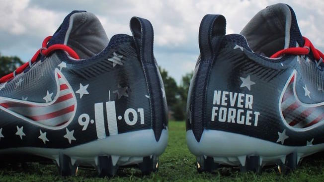 Titans' Avery Williamson Wears 9/11 Cleats Despite NFL Rules