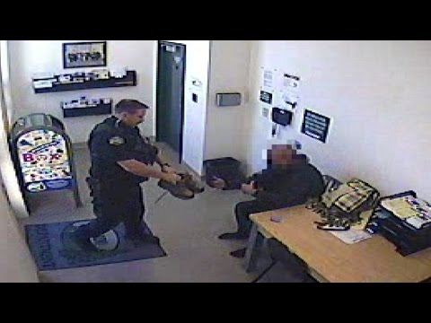 Police Officer Buys Homeless Man Shoes After His Were Stolen