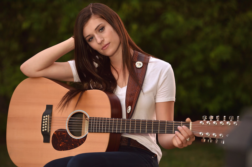She Wrote A Song In Tribute To Her Father And All Peace Officers