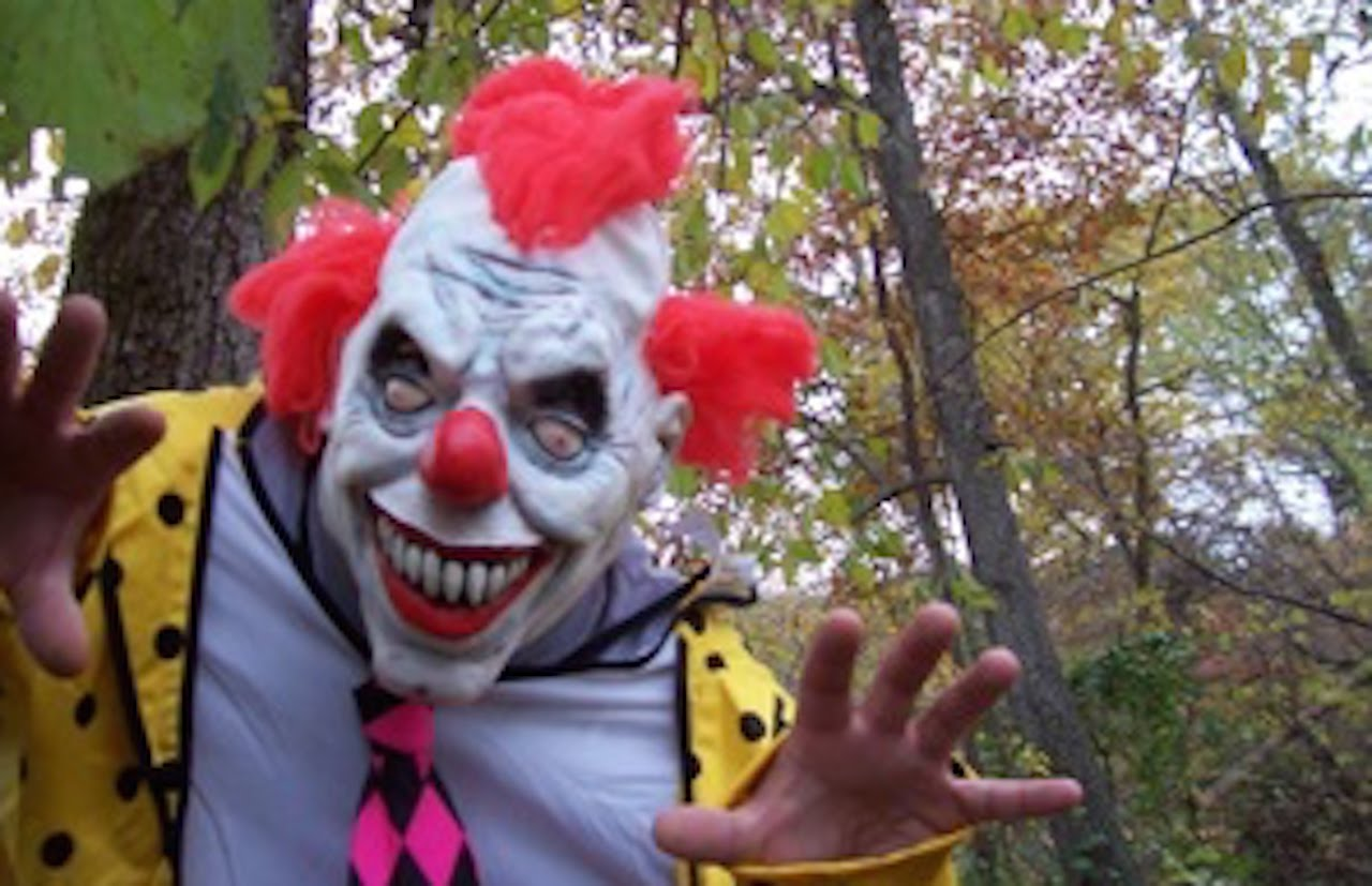 Police Chief Threatens 'Terrorism' Charges for Clowns Luring Children