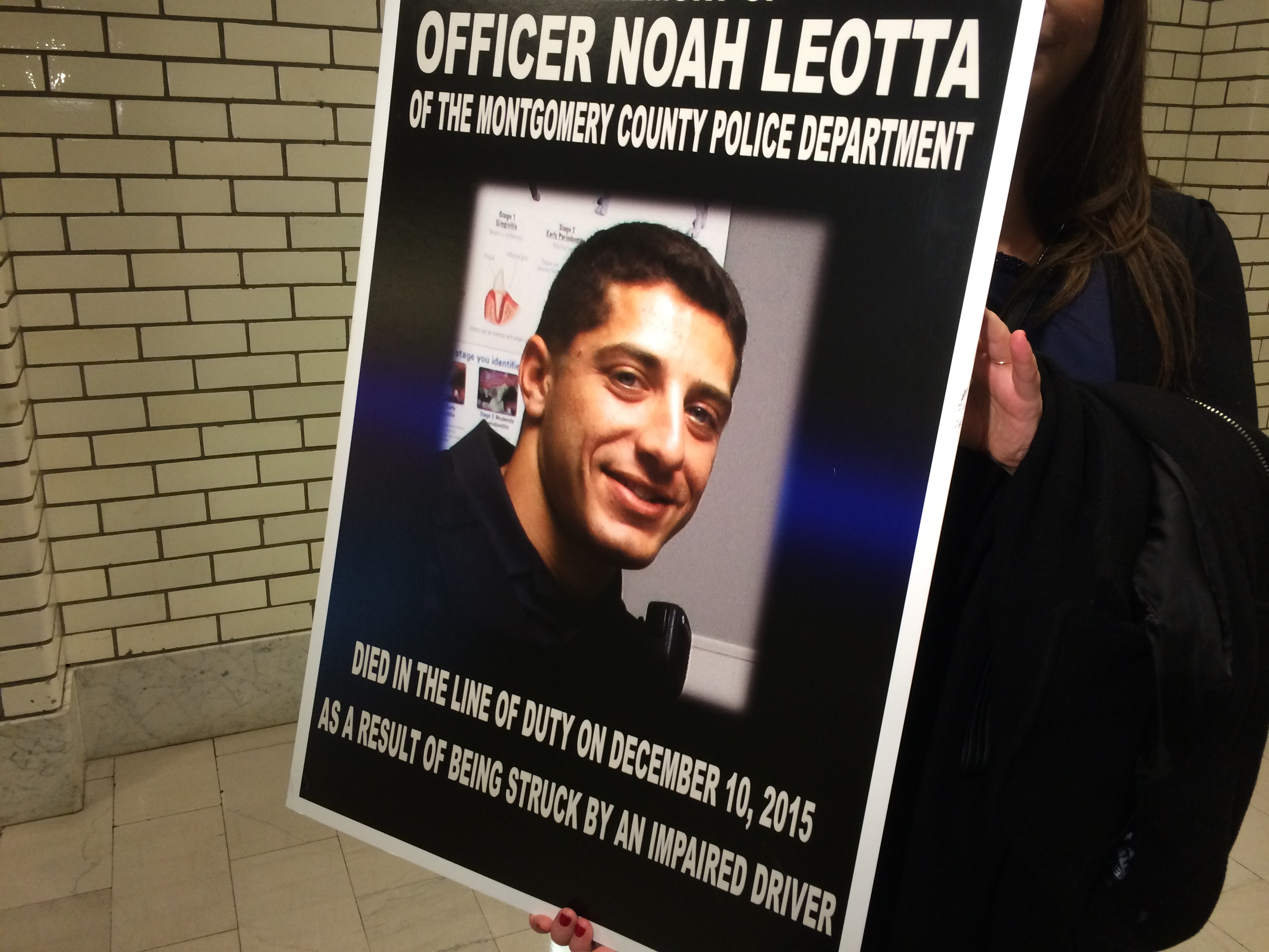 Slain officer's face to appear on ignition interlock devices