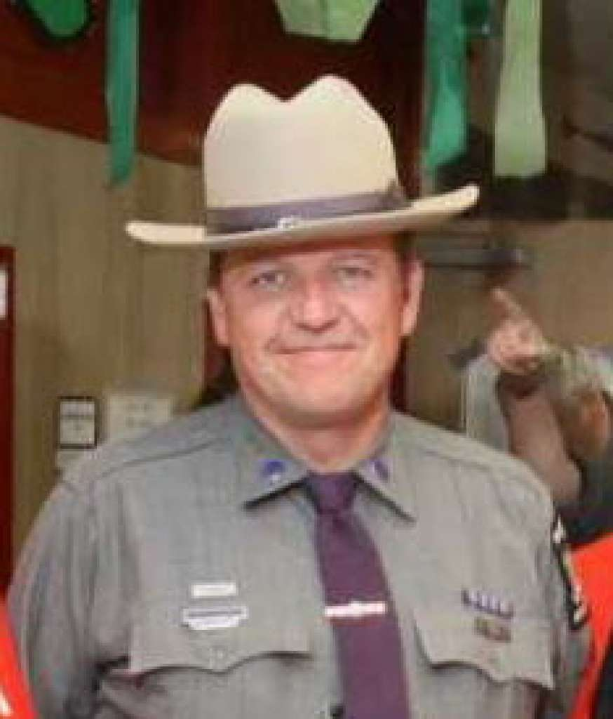State Trooper dies after being struck by vehicle
