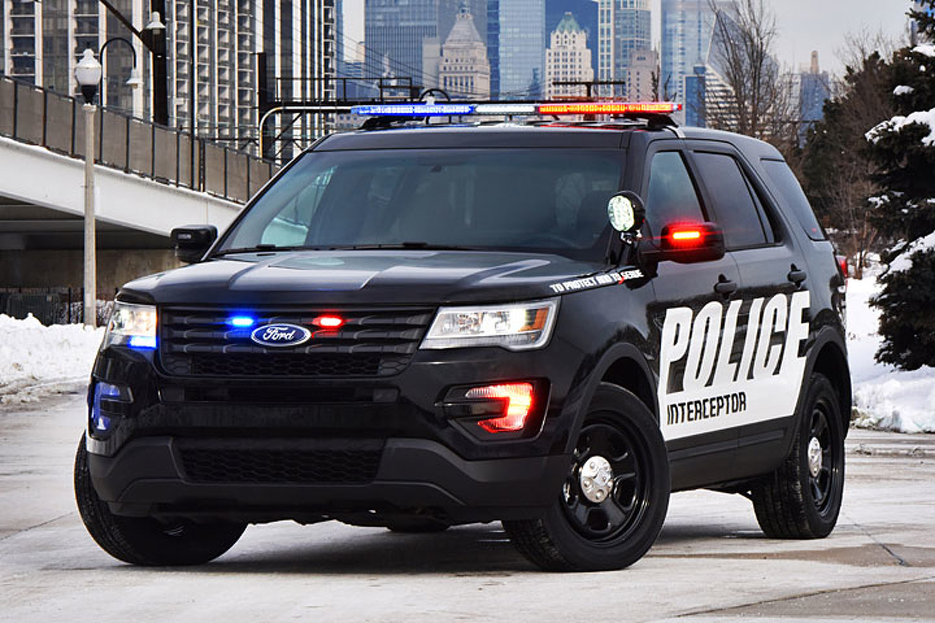 Ford Will Repair Police Vehicles After Carbon Monoxide Concerns