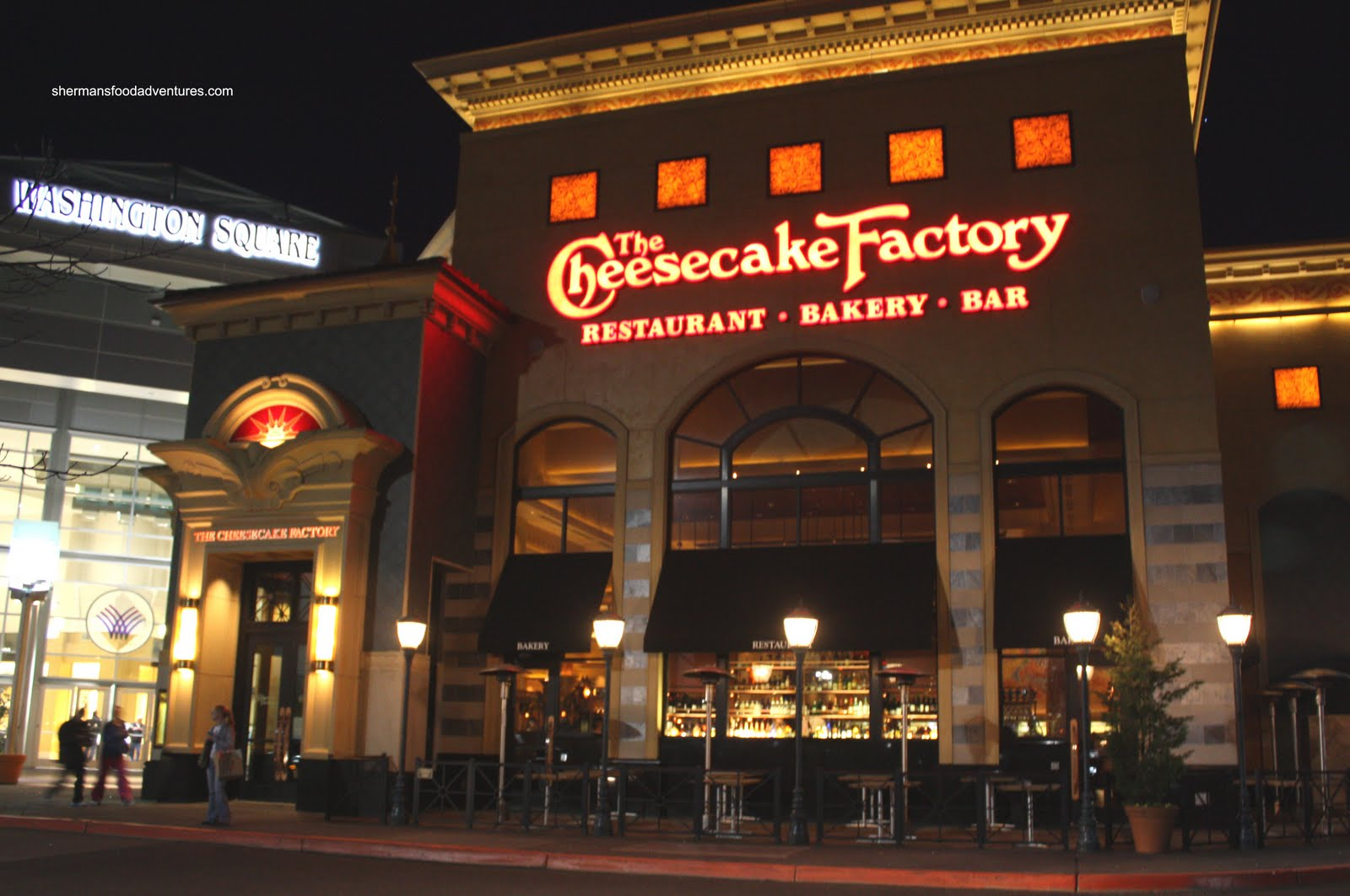 Cheesecake Factory Apologizes After Police Are Removed For Having Guns