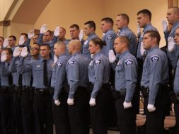 recruit-grad-830×467