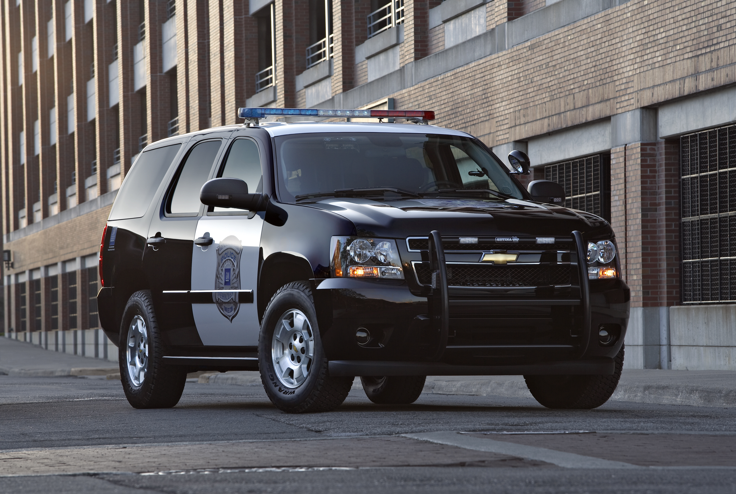 GM Recalls 50,000 Police SUV's