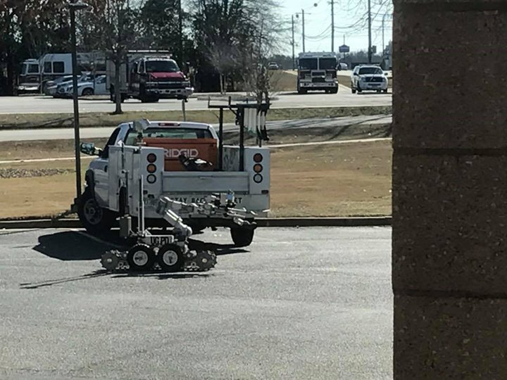 Man Leaves 4 Pipe Bombs At Georgia Police Station