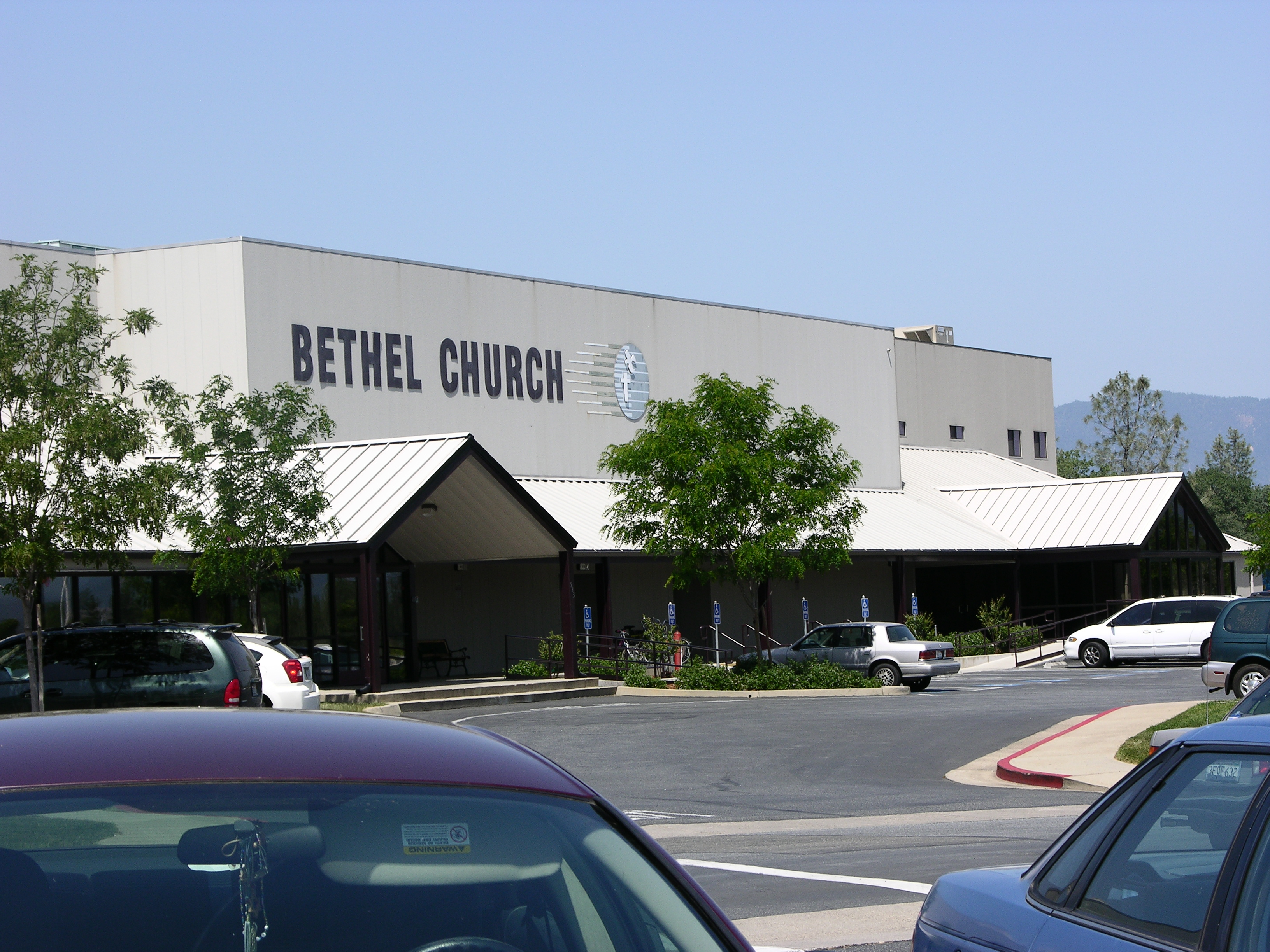 California Church Offers $500,000 To Prevent Police Layoffs
