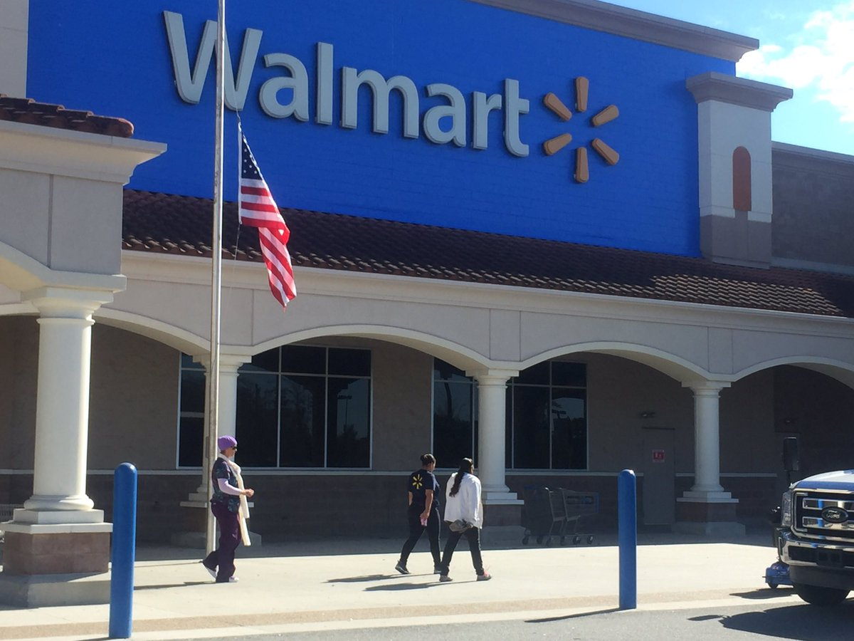 Orlando Police Officer Shoots Suspect At Same Wal-Mart Where Lt. Debra Clayton Was Killed
