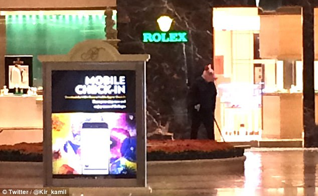 Panic Erupts As Armed Robbers Fire Shots In Las Vegas' Bellagio Hotel