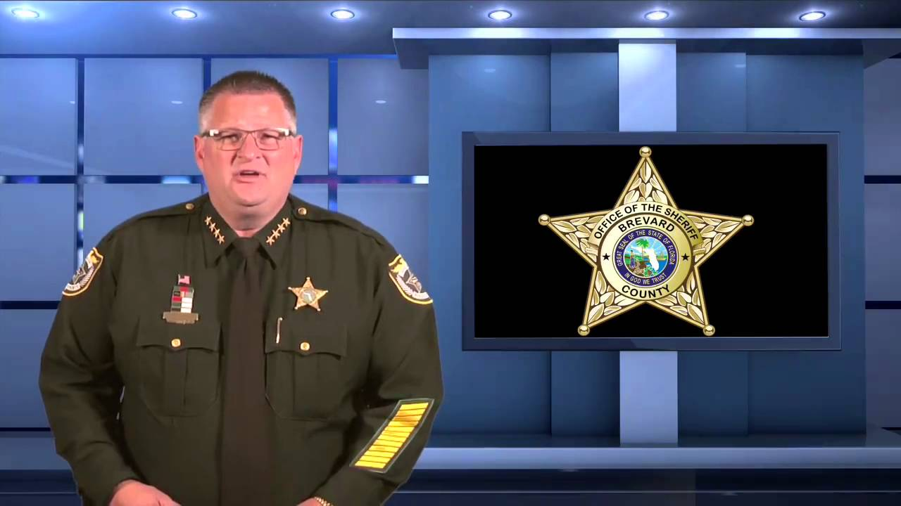 'This Is War': Florida Sheriff Tells Citizens To Arm Themselves