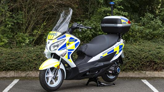 Metropolitan Police Test Hydrogen Powered Scooters For Patrol
